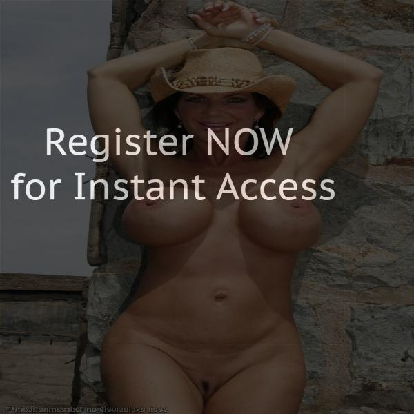 How to meet people in a Gland online